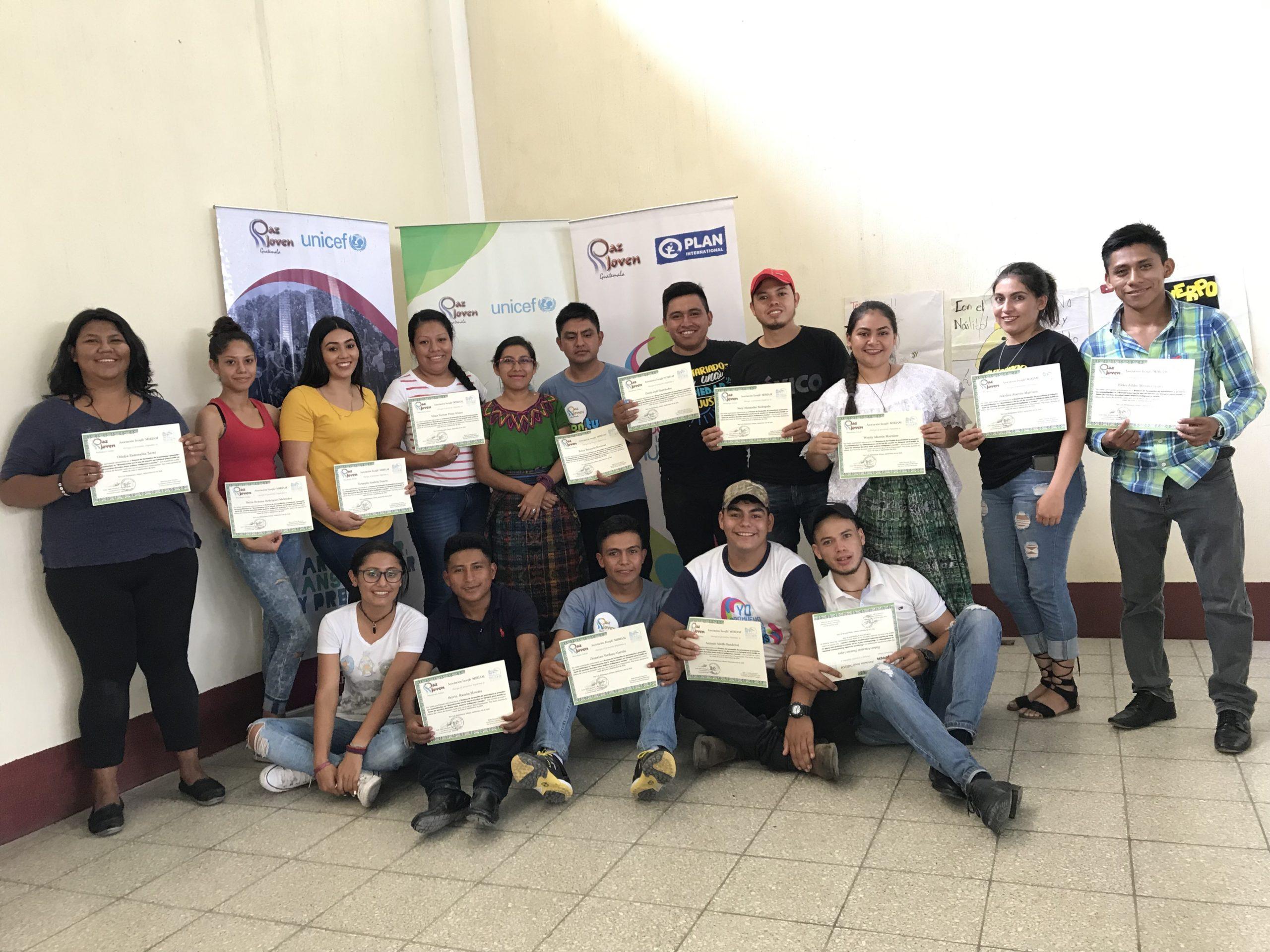 Taller con promotoras y promotores comunitarios Jalapa